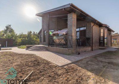 Фотография реализации террасы одноэтажного дома