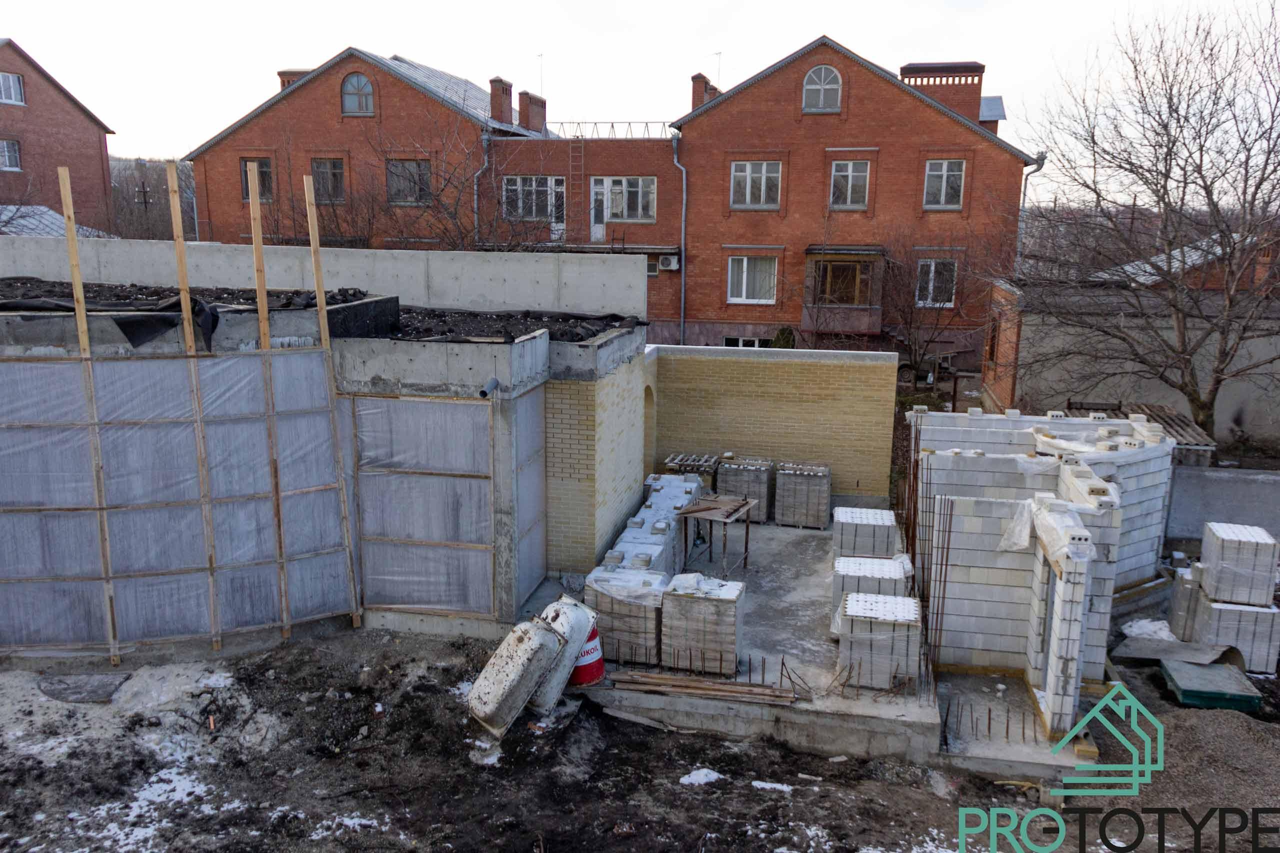 Строительство дома с зелёной крышей