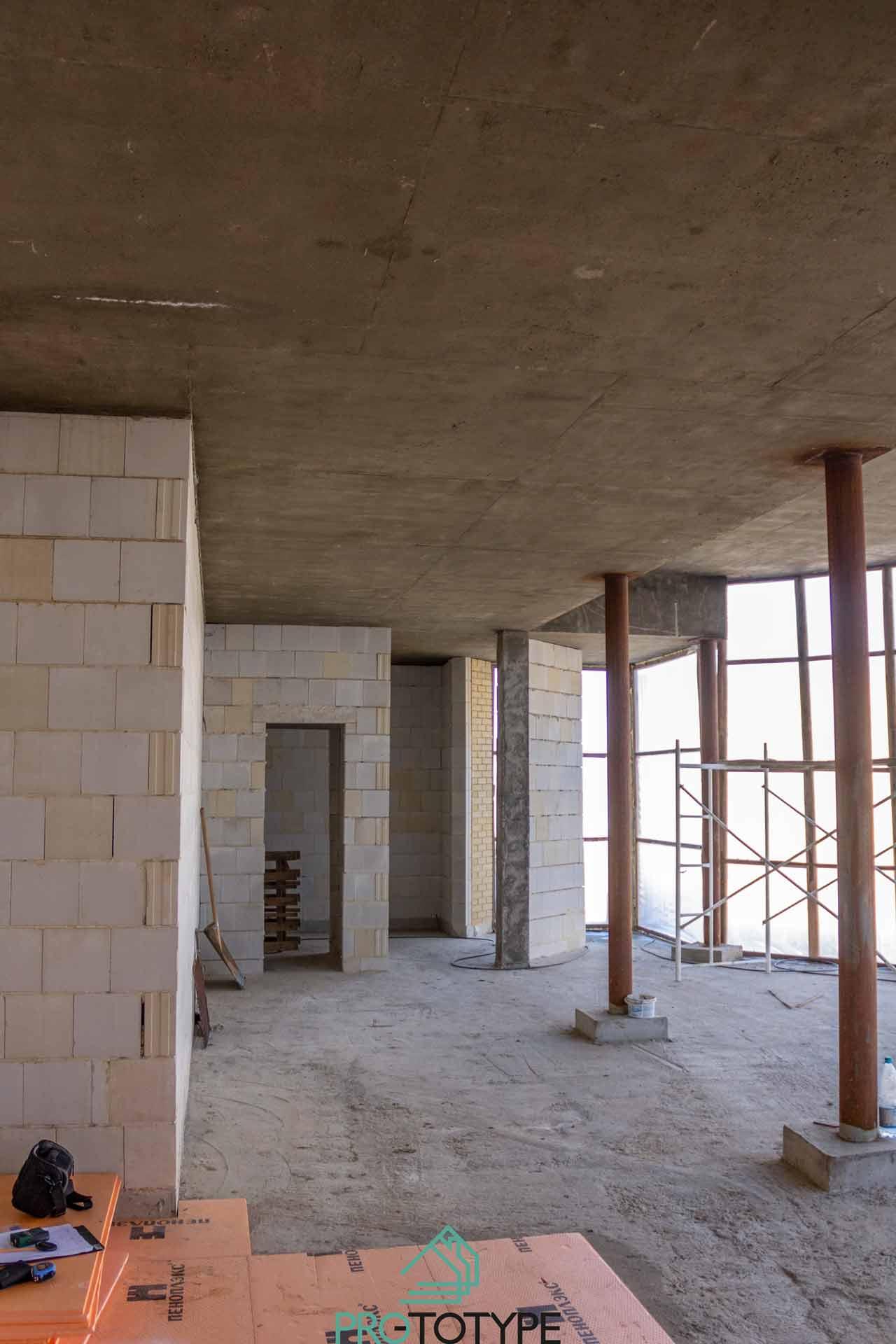 Спортзал до начала строительных и отделочных работ